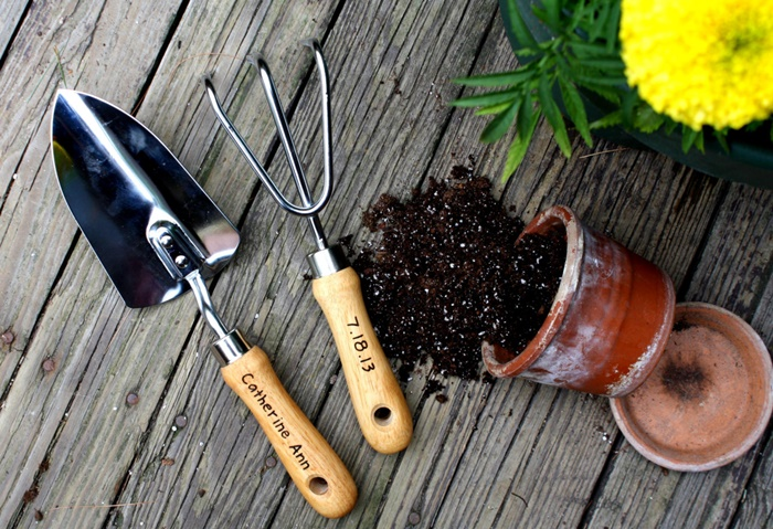 Gardening tools that make your gardening easier acegardener for New gardening tools 2016